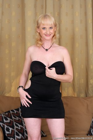 Horya escort cougar Paris 20, 75