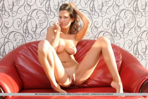 Ivanny massage érotique cougar Le Thor, 84
